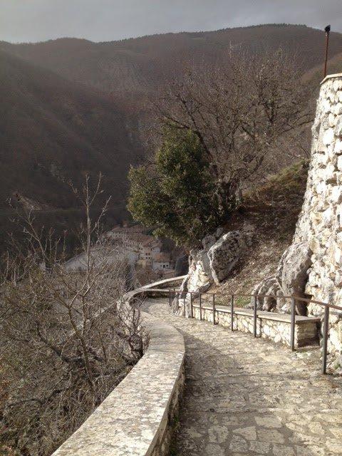 sentiero Roccaporena