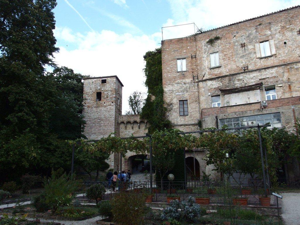 Visita all'Abbazia di San Pietro a Perugia