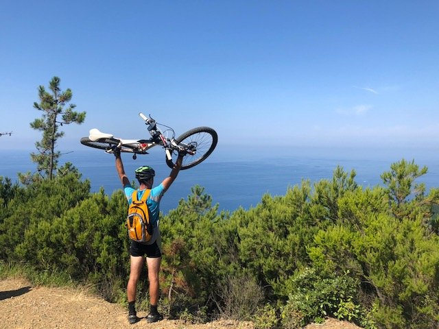 levanto in mountainbike